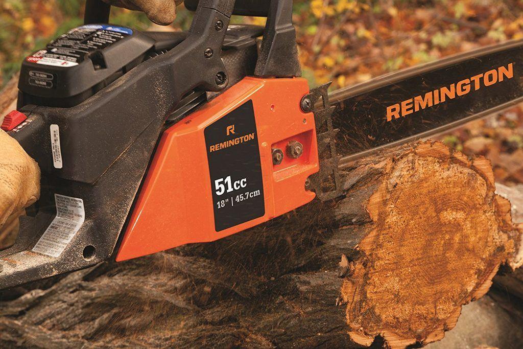 Remington RM5118R Rodeo 51cc chainsaw cutting a tree