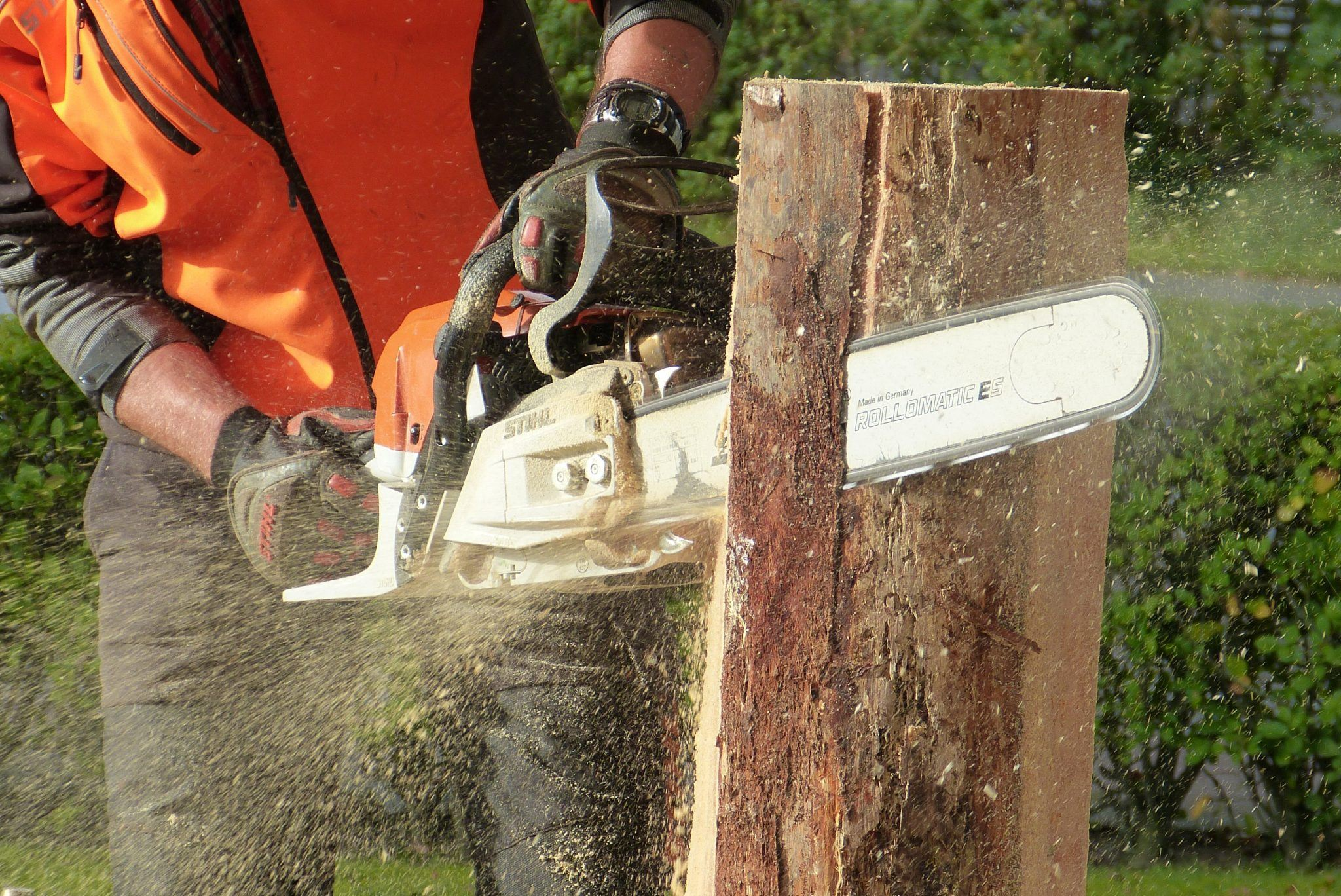 Battery-Powered Chainsaw