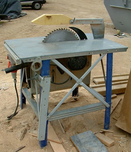 old contractor table saw at a job site