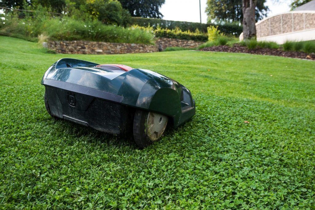 robotic-lawn-mower