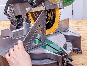 miter-saw-adjustment